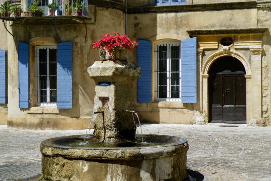 Private tour to the Synagogue of Cavaillon and to the Luberon