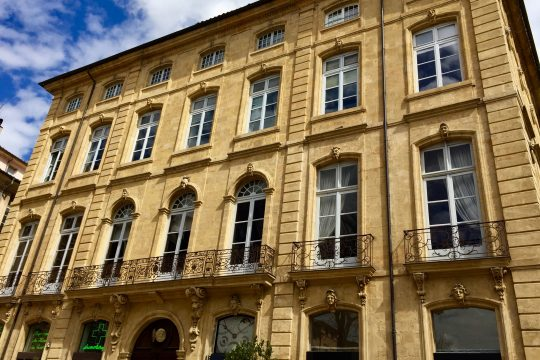 noble house private tour aix en provence