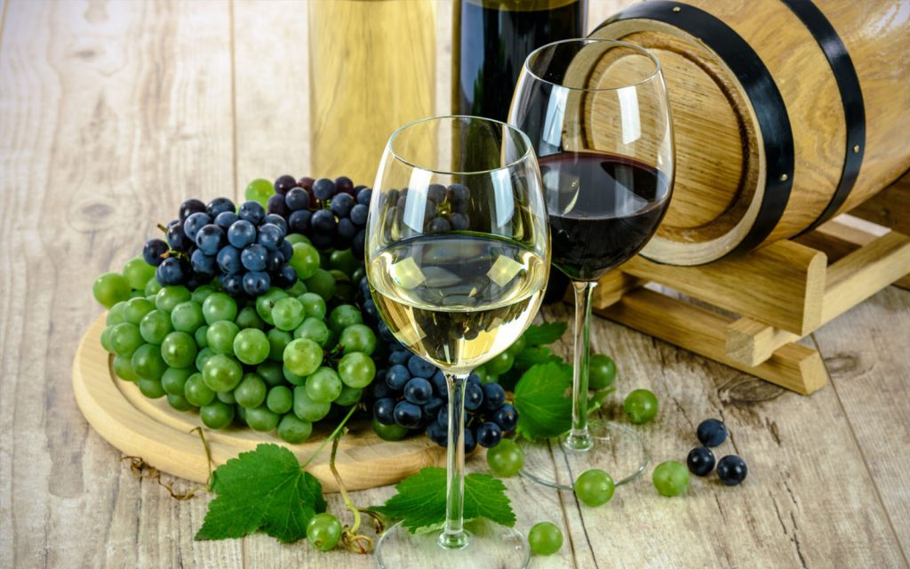 Wine Tours, Gourmets tours & Markets travel to provence